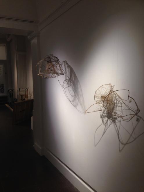 Annie Foglert utställning under uppbyggnad hösten 2017